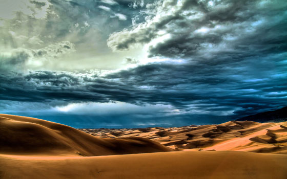 Clouds-over-Desert