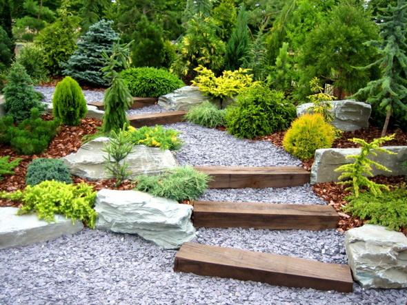 feng-shui-garden-stairs
