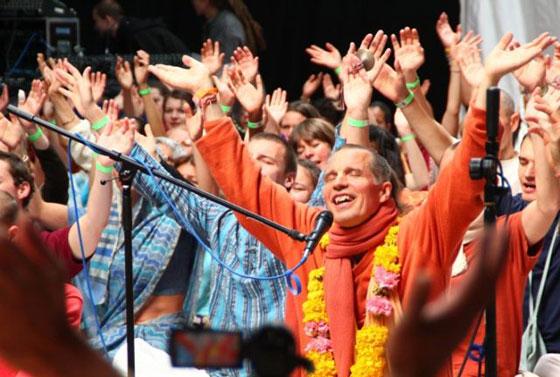 sacinandana-swami-6
