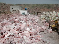 rock-salt-mine-pakistan-01