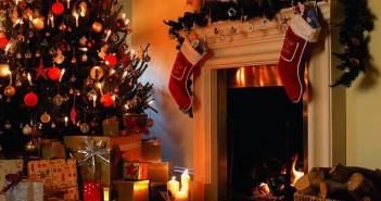 Tree-House-Christmas-Decora