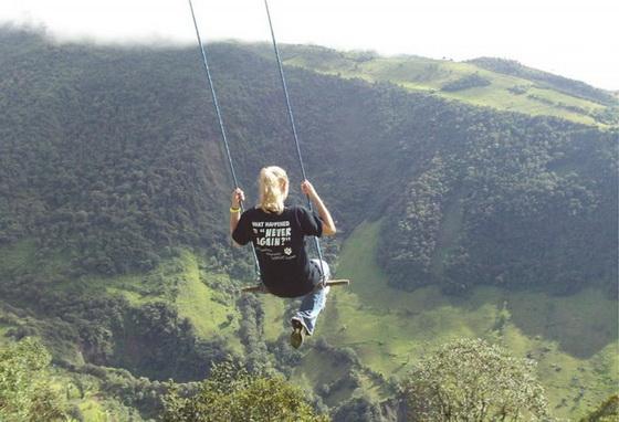 swing-at-the-end-of-the-world-la-casa-del-arbol-9-640x437