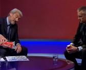 VIDEO: Uživo na BBC TV novinar demonstrira koliko zapravo šećera ima u čaši Coca-Cole