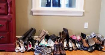 closet-shoes-before