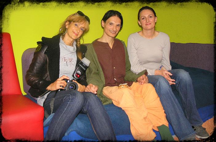 Naše drage suradnice Tatjana Krstić i Anita bare u društvu s Victorom