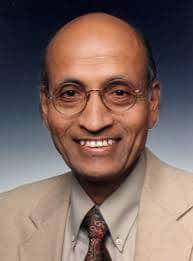 """Dr Vasant Lad, na Zapadu najpoznatiji i najcijenjeniji ekspert za ajurvedsku medicinu. Njegova knjiga """"The Yoga of Herbs"""" predstavlja klasično djelo u svom žanru."""