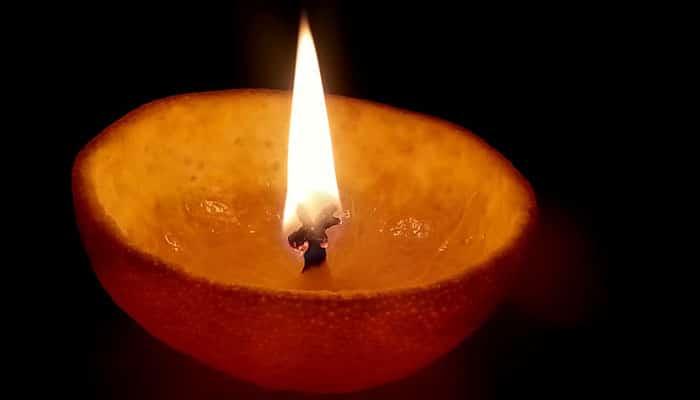 Super ideja za blagdansko ozračje: Napravite mirisnu svijeću od naranče!