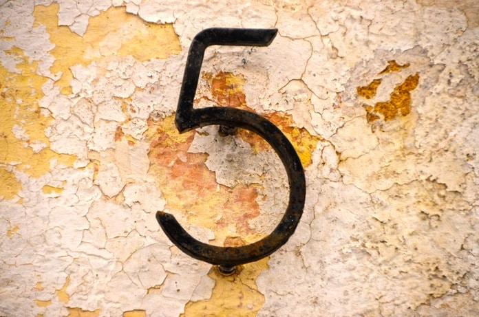 Što kućni brojevi govore o vašoj sudbini: Petica u broju donosi uspjeh cijeloj obitelji!