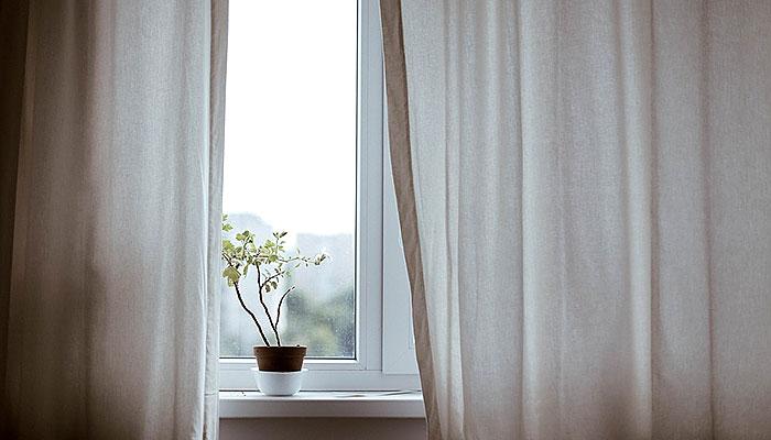 Simbolička značenja kućnih predmeta i boja: Zašto prljavi prozori