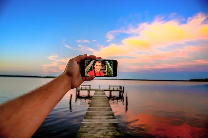 Selfiji - Dokazano povezani s narcisoidnošću, ovisnošću i duševnim bolestima!