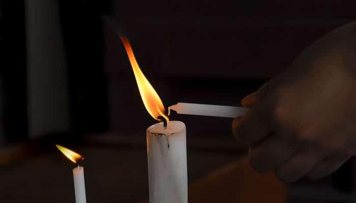 Moć paljenja svijeća: Svijeće se pale s NAMJEROM!