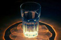 glass-1730518_1920