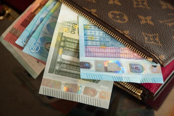 Kako pokrenuti dobru financijsku energiju? Feng shui savjetuje novčanik za vas!