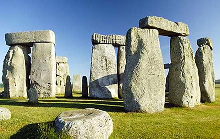 14 Stonehenge 00