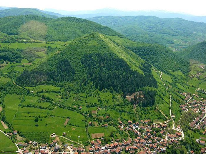 15 The Bosnian Pyramids