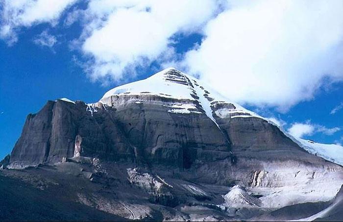 17 Peak Kailash in Tibet