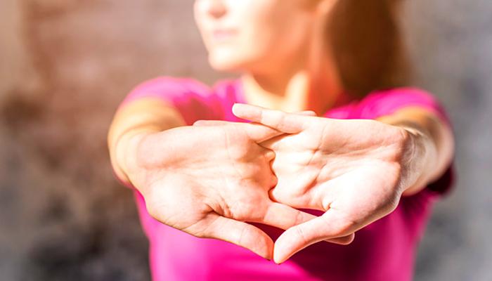 Masaža prstiju od 5 minuta - Kompletno opušta, uklanja glavobolju i pročišćava dišne puteve!