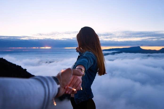 Evo kako naše djetinjstvo utječe na izbor partnera