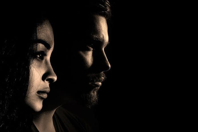 Veza iza maske narcisoidnosti jednog partnera