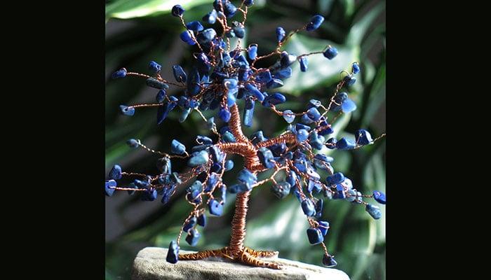 Drvo sreće Lapis Lazuli na morskom kamenu