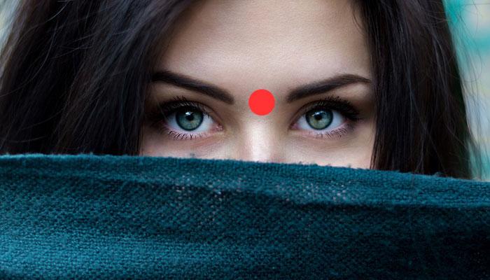 Moć trećeg oka: Što se dogodi kada jednu minutu masirate ovu točku između obrva?