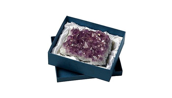Grumen Ametist - Odličan za čišćenje drugih kristala, zaštitu i meditaciju