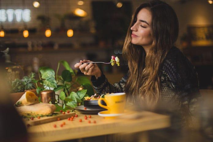 Kako popraviti naš odnos prema hrani i prehrani