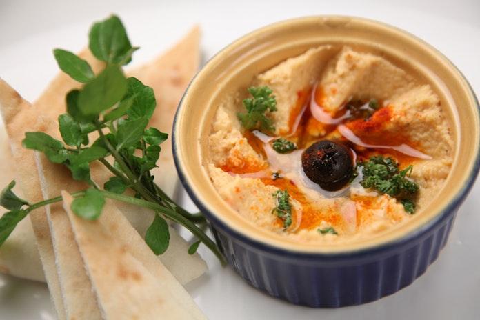 Kako napraviti humus - domaći namaz od slanutka