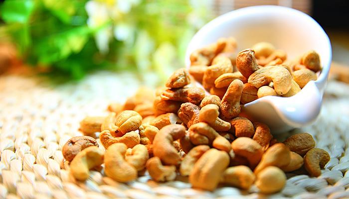Zašto biste trebali AKTIVIRATI orašaste plodove i sjemenke  - i kako to učiniti