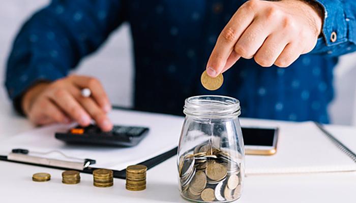 12 praktičnih trikova ljudi koji znaju kako uštedjeti: Koristite samo gotovinu!