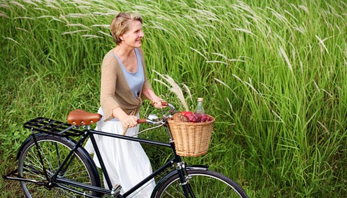 Vraćaju estrogen u ravnotežu: Ove namirnice svaka žena u menopauzi treba jesti!