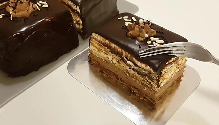 Torta iz kutije od sladoleda: Dva fila, bez pečenja, gotova za čas posla!