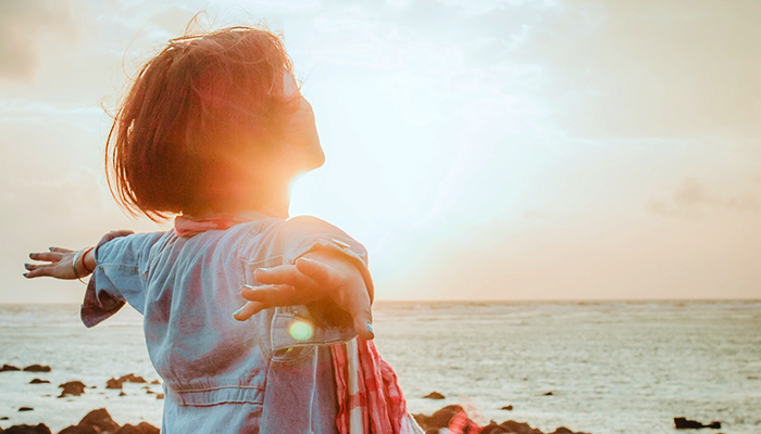 Brutalno iskren vodič kako prestati brinuti o tome što drugi ljudi misle