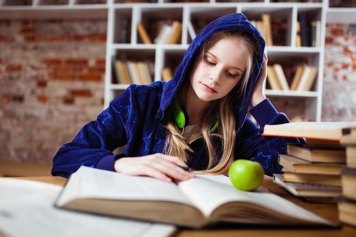 Zašto se tinejdžeri osamljuju?