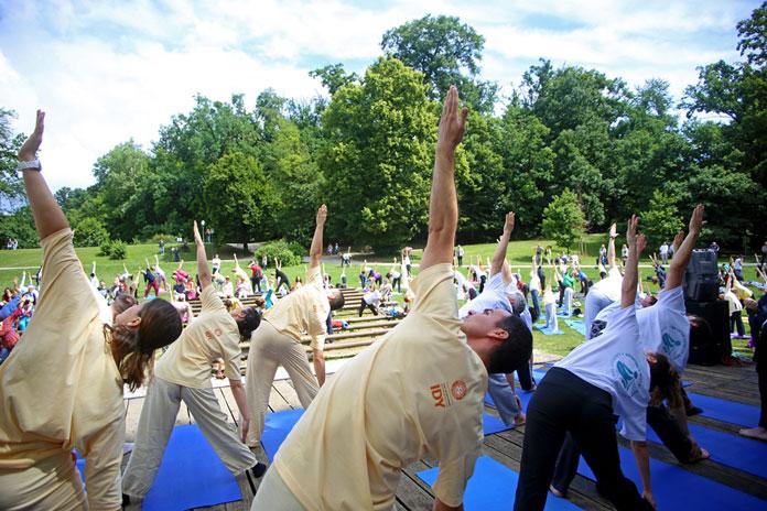 Vježbajmo i ove godine jogu u Maksimiru