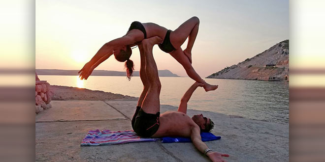 Acro yoga retreat na Velebitu