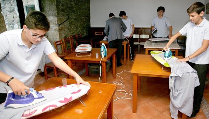 Španjolska škola uvela domaćinstvo za dječake!
