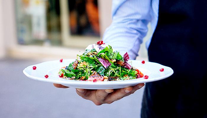 Restoran pogrešnih narudžbi: Restoran u kojem su svi konobari ljudi s demencijom