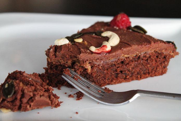 cokoladna veganska torta
