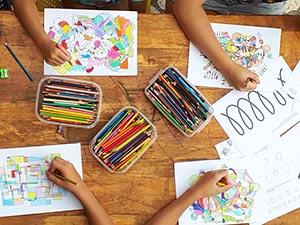 fraktali djeca crtaju